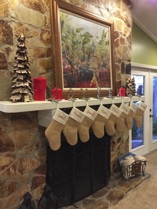 fireplace_stockings